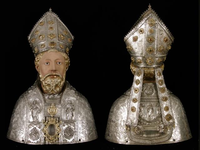 Busto de San Ramón, anverso y reverso . Museo Diocesano de Barbastro-Monzón