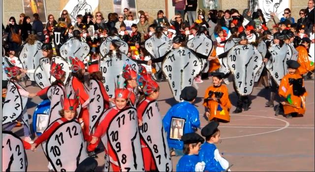 Dali y sus relojes blandos.  Carnaval del CP La Merced, 2012