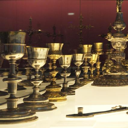 Sala de Orfebrería. Museo Diocesano de Barbastro-Monzón