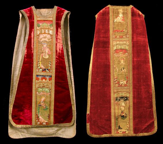 Casulla, Pluvial Puy de Cinca, siglo XVI. Terciopelo y bordado en seda y oro. Museo Diocesano Barbastro-Monzón