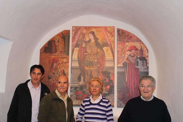 Reproducción del retablo de San Miguel en Abi