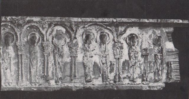 retablo románico Obarra.jpg